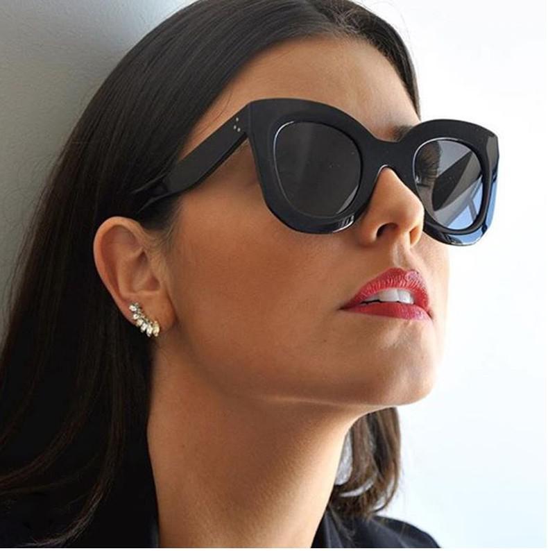 Солнцезащитные очки, или как их называют в народе солнечные очки, в СПб  можно купить не только в специализированных магазинах. Но даже тем, кто не  нуждается ... e6a5a858af5